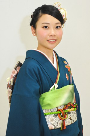 No.632 みか 振袖スナップ写真1