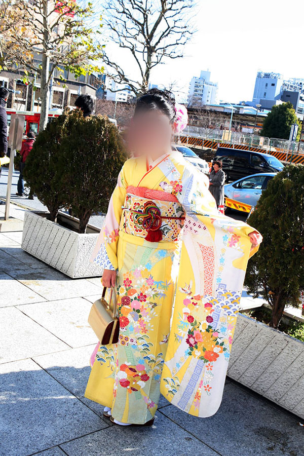 No.027アスカ 振袖スナップ写真2