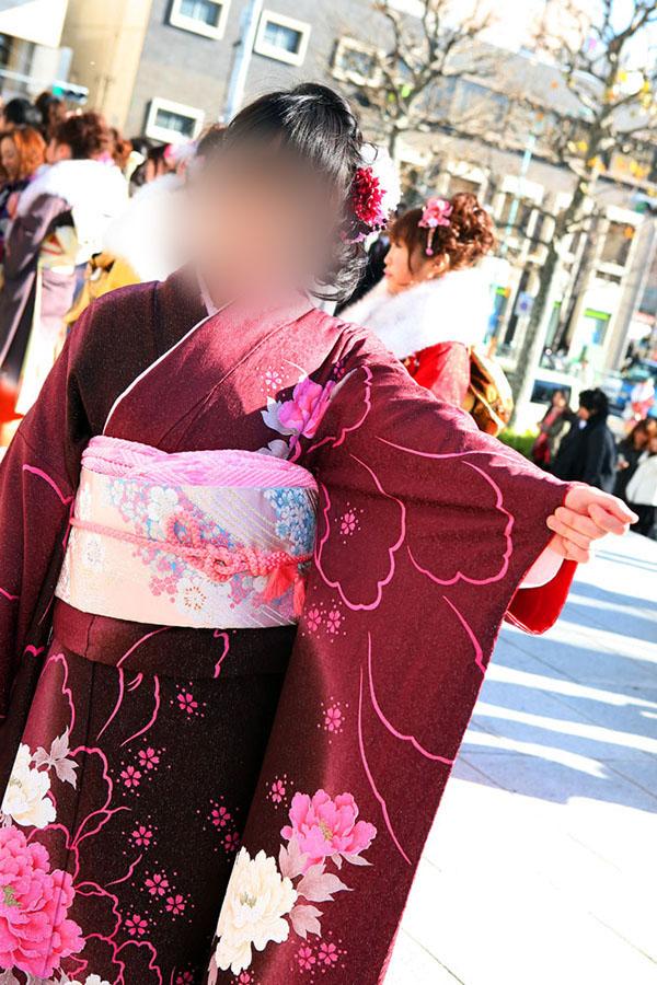 No.030イズミ 振袖スナップ写真3