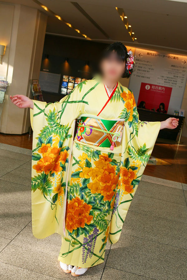 No.049ミキ 振袖スナップ写真2