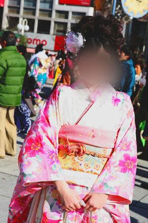 No.051みどり 振袖スナップ写真1
