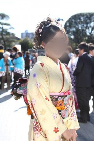 No.069えり 振袖スナップ写真1