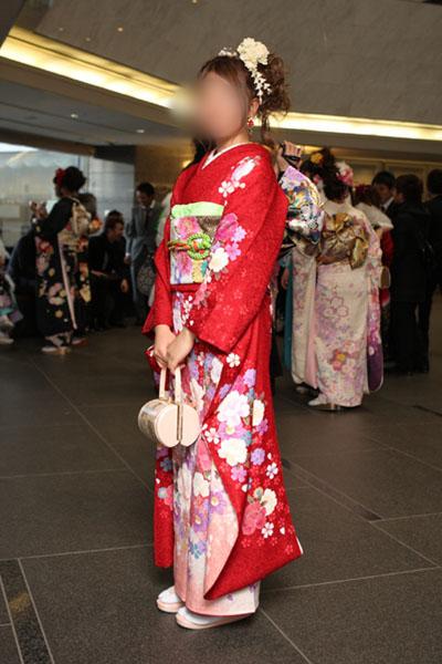 No.071おまみ 振袖スナップ写真2