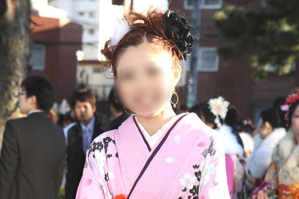 No.083ひとみ 振袖スナップ写真3