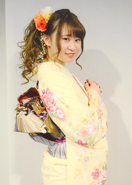 No.697 リコ 振袖スナップ写真3