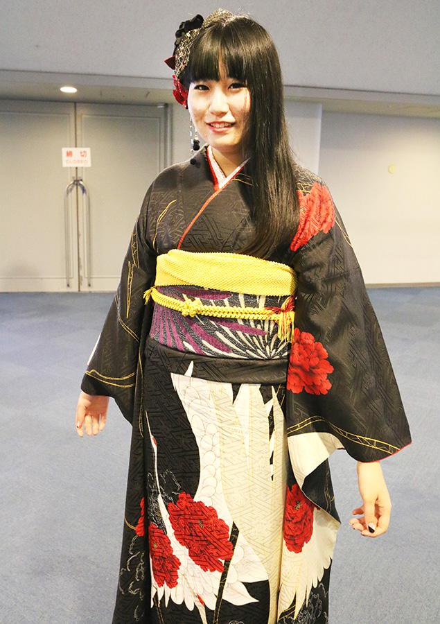 No.647 いつこ 振袖スナップ写真1