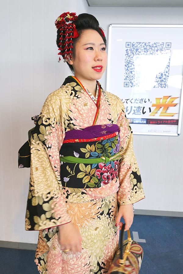 No.682 みかむし 振袖スナップ写真1