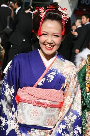 No.210タヤ 振袖スナップ写真1