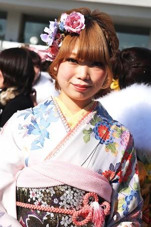No.211とうこ 振袖スナップ写真1