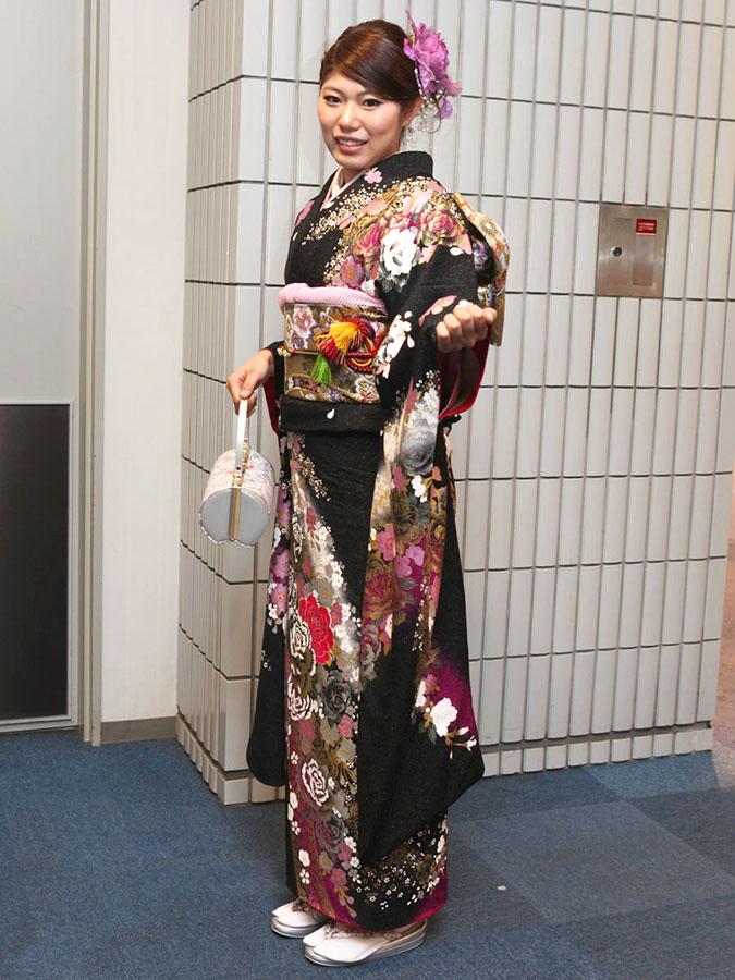No.256みほ 振袖スナップ写真2