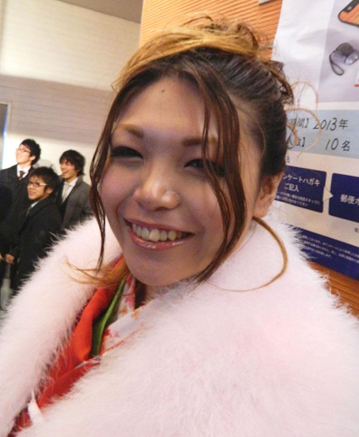 No.312ノエ 振袖スナップ写真3