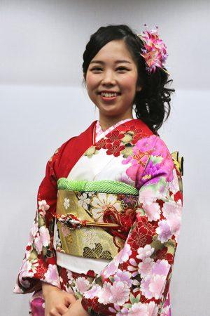 No.749たまご 振袖スナップ写真1