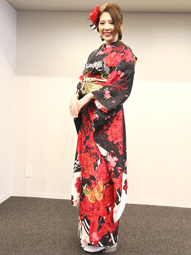 NO.747じゅら 振袖スナップ写真2