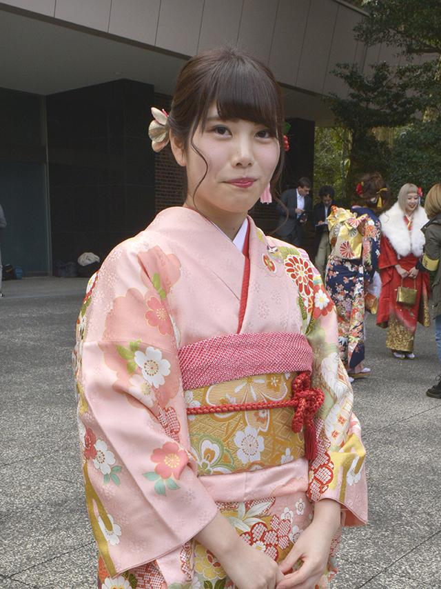 No.834みゆ 振袖スナップ写真1