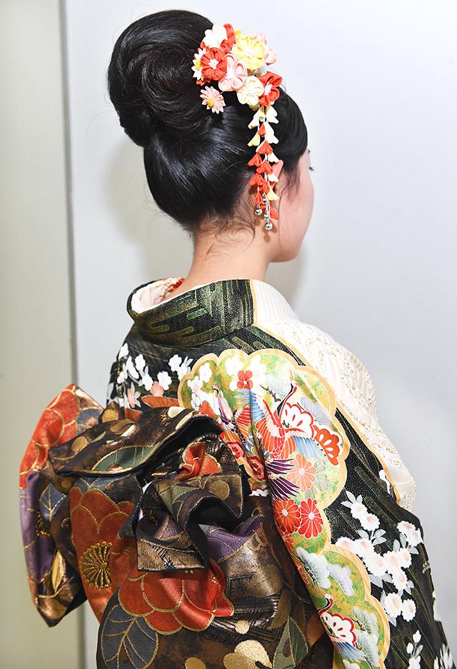 No.860トロピー 振袖スナップ写真4