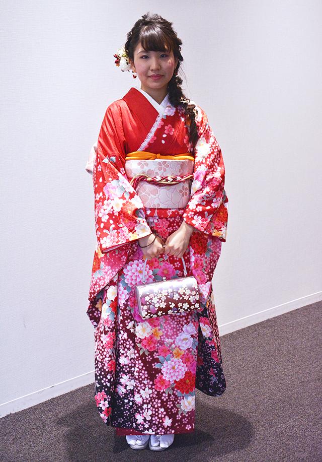 No.805さやか 振袖スナップ写真2
