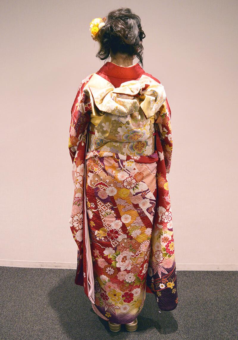 No.949マユ 振袖スナップ写真3